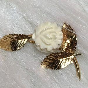 Vintage Delicate Single White Rose & Gold Pin